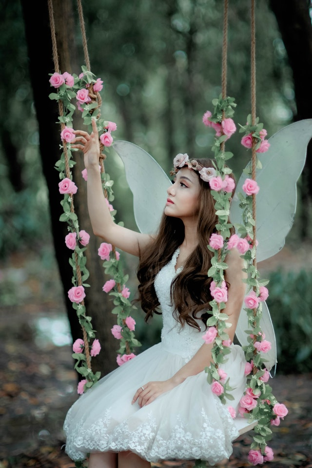 Beautiful angel girl image download for whatsapp profile picture